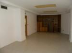 rEF. 2160 LOCAL COMERCIAL EN ALQUILER CARAVACA CENTRO (5)