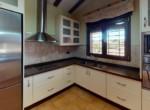 Ref-2289-Chalet-en-Benablon-Kitchen(1)